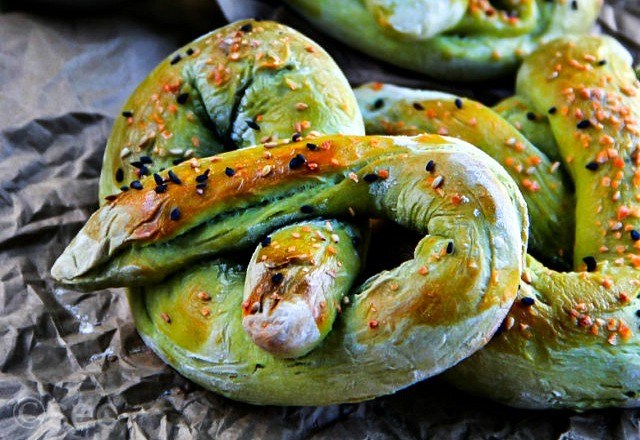 Green Tea Soft Pretzels