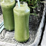 Kale, Banana and Pineapple Smoothie