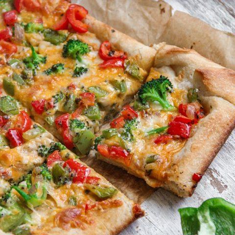 Vegetable Hummus Pizza