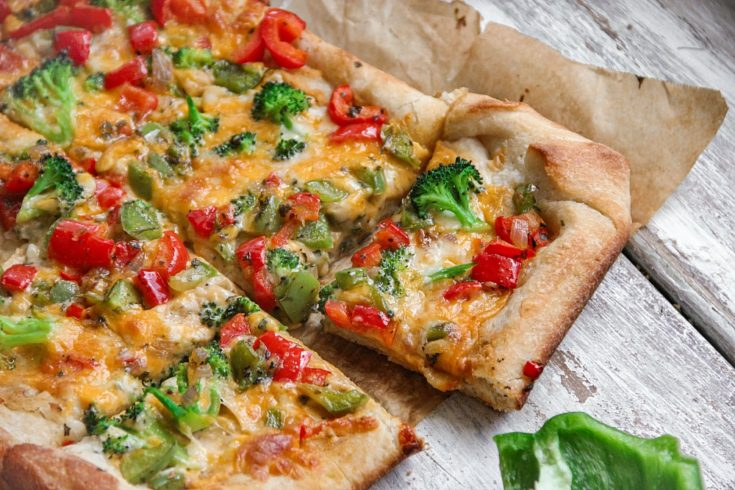 Vegetable Hummus Pizza