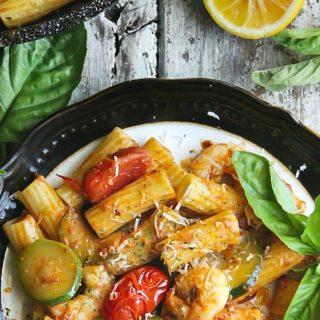 Tomato Pesto Pasta with Shrimp and Zucchini