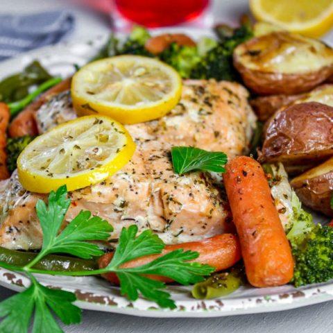 Salmon and Vegetables Sheet Pan Dinner