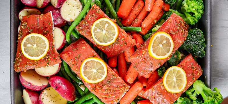 Salmon and Vegetables Sheet Pan Dinner