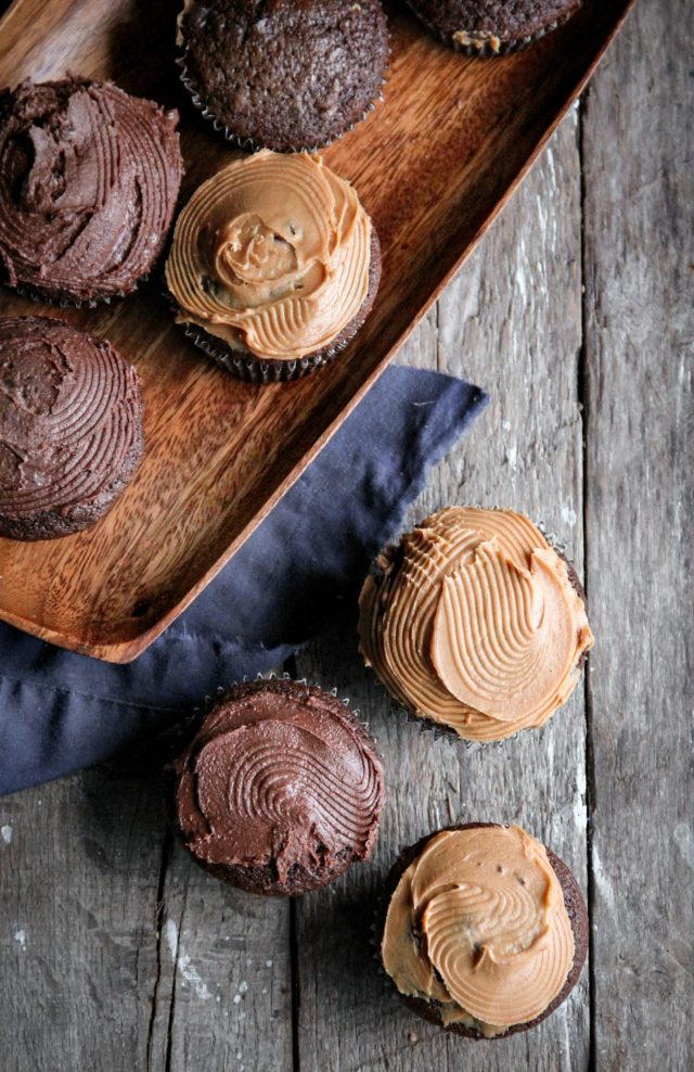 Chocolate Cupcakes with Marshmallow Cream