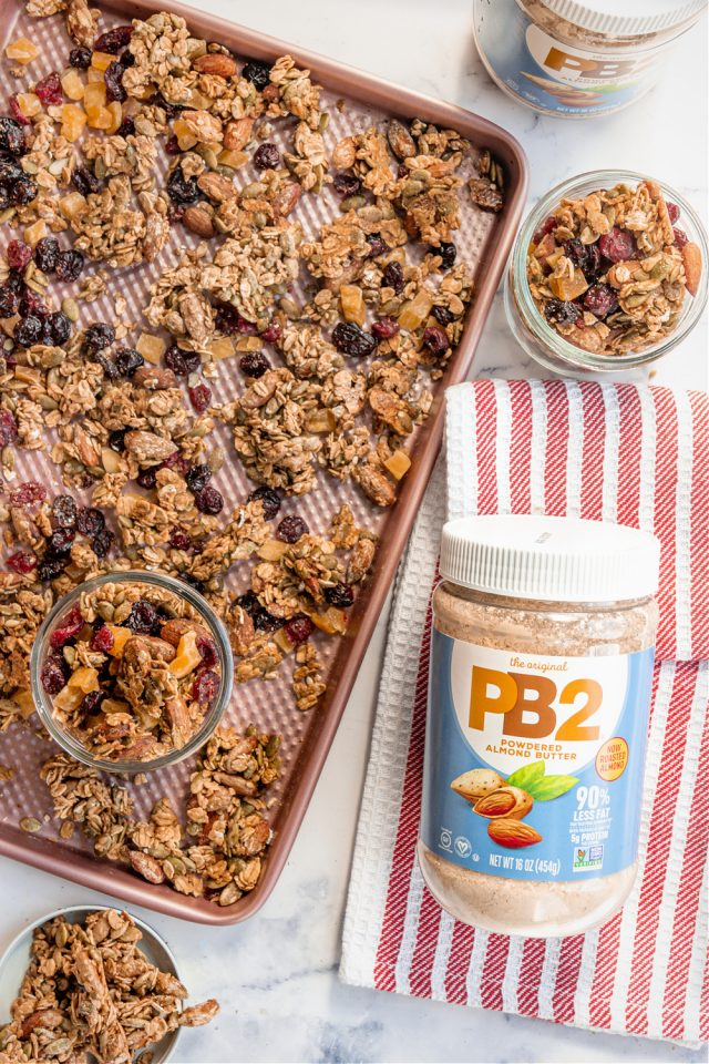 Homemade Granola with Oats, Almonds and Dried Fruit